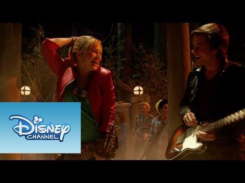 Monstubre en Disney Channel Sitio oficial de Disney Channel: http://www.disneylatino.com/disneychannel/ Síguenos en Facebook: http://www.facebook.com/disneychannellatinoamerica ¡Haz click...