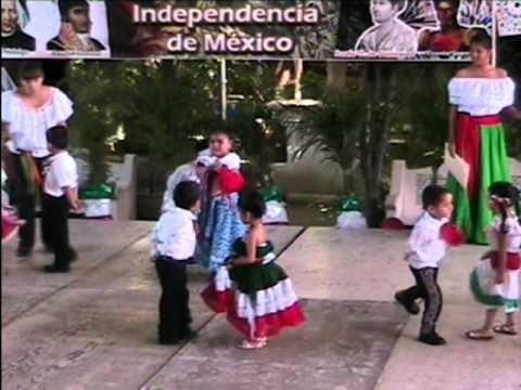 Asamblea del 16 de Sep. del 2010. Colegio Tamaulipas de N. Laredo. Son de la Negra. Preescolar