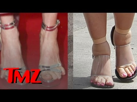 'Who'd You Rather?' -- TMZ Feet Edition! -- Kim Kardashian vs. Julianne Moore