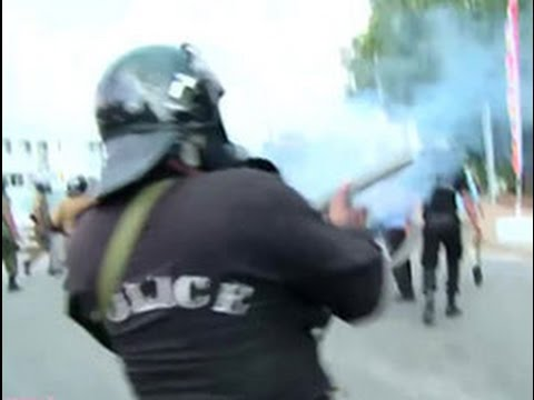 tear gas used on ius|eng