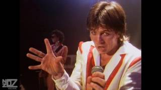 Watch Skyhooks Over The Border video
