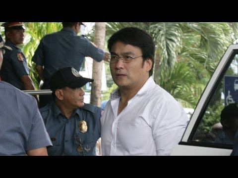 Revilla surrenders to anti graft court