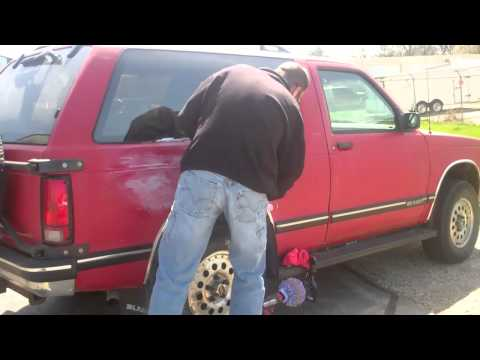 How to clean & restore oxidized paint on a vehicle..mp4