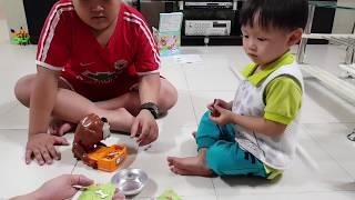 Đồ chơi trẻ em vui nhộn hài hước: Trộm Xương Chó - Kid Toy Video