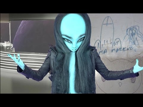 FACK 37: Ascensores, grafitis y aliens
