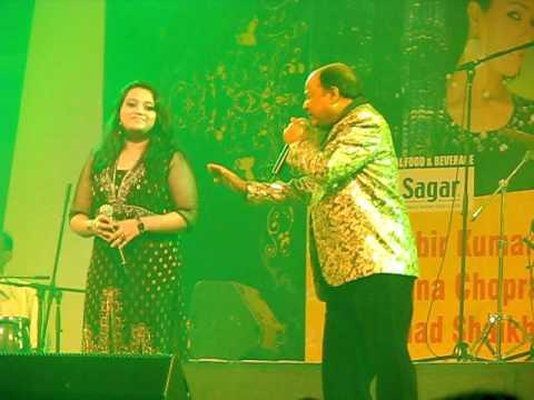 Main se meena se na saqi se - Mohd Aziz and Priyanka Mitra (live)