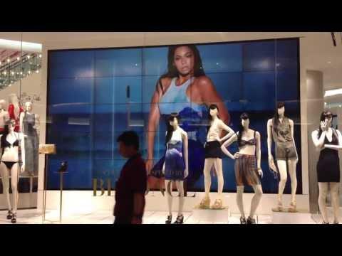 Beyonce – H&M Ad @Siam Paragon (Bangkok, Thailand