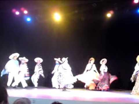 Ballet Folklorico México Mágico (Revolución)