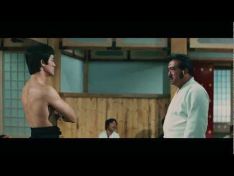 Chen Zhen (bruce Lee) Against Japanese hongkou Dojo. video