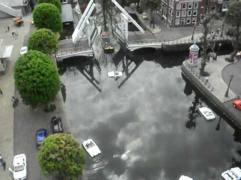 Mouhcine en tarik in Madurodam Video