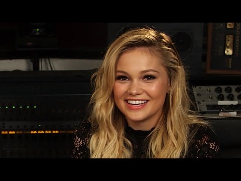 Olivia Holt: Truth or Sing?