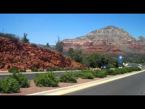 Driving into Sedona:  Sedona Travel Guide