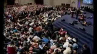 Benny Hinn - God's Double Portion Rains on People
