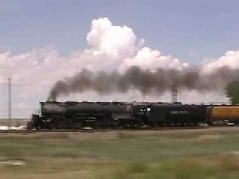 Union Pacific # 3985 westbound HiBall to Wyoming Video