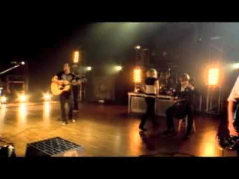 Skillet - Yours to Hold (Live)