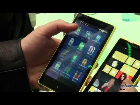 Nokia XL vs Nokia Lumia 1020 - MWC 2014