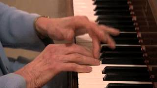 Glenn Gould's Finger Tapping Piano Technique Created By Alberto Guerrero