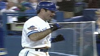 1993 WS Gm6: Molitor comes up big with three hits