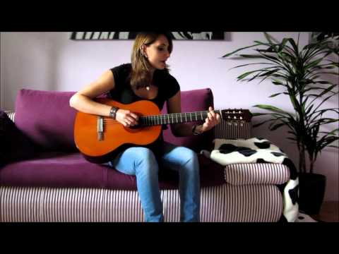 que Sera Sera On Guitar (acoustic Version) - By Julia video