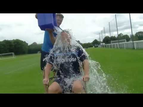 Reading FC Boss Nigel Adkins does the Ice Bucket Challenge