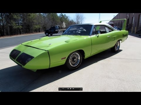 1970 Plymouth Road Runner Superbird Start Up. Exhaust. and In Depth Review