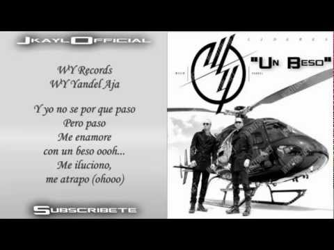 Un Beso ♪Letra/Lyrics♪ - Wisin Y Yandel (Los Lideres) (Original) Music Videos