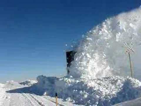Train Snow Plowing (slip)