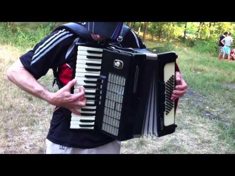 Valuta Sergiu acordeon Moldova