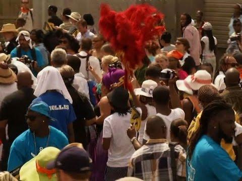 Raw: Katrina Anniversary Parade in New Orleans