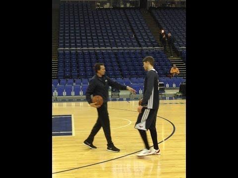 Atlanta Hawks' Kyle Korver basic three-point shooting drill at the O2