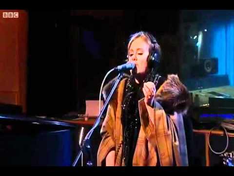 Adele - Don't U Remember - Live Lounge BBC Radio 1 [HQ]