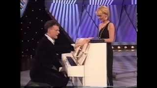 Play Piano Without Practice - Rainer Hersch & Esther McVey