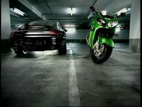 KAWASAKI ZX12R VS PORSCHE Video