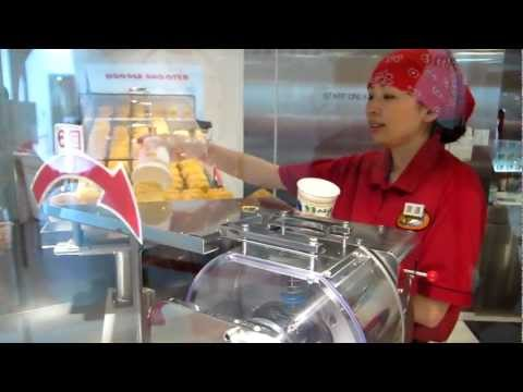 Make your Own Cup Noodle in Instant Noodle Museum, Osaka Japan