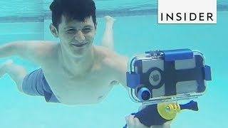 Case Turns Your Phone Into An Underwater Camera