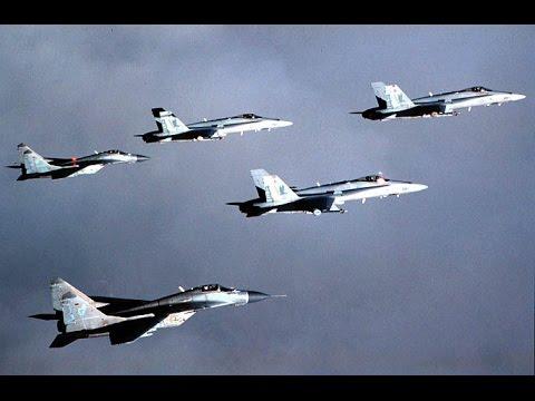 "Dogfight MiG-29 vs F-18 at ""Red October"" War Games"