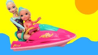 JET SKI ! Elsa & Anna toddlers -  Big Pool - Water Scooter- Kayak - Windsurfing - Slide
