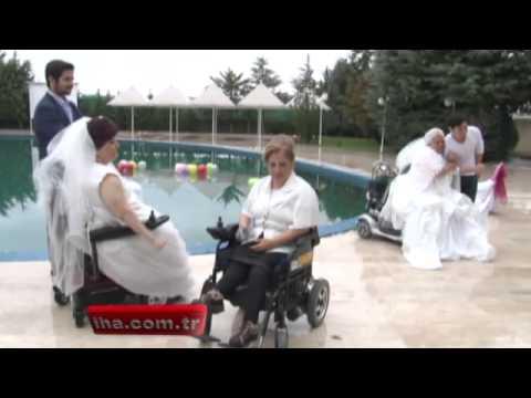 12 engelli kadının evlilik sevinci   ENKADER