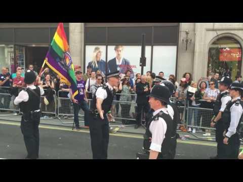 London Pride 2016 surprise marriage proposal Met Police