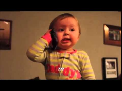 Bebe hablando por teléfono con el padre - Muy Tierno!!