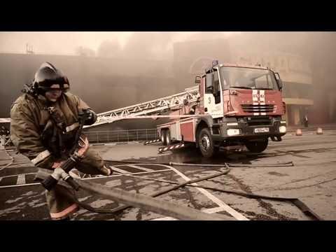 Пожар в ТЦ Синдика.  Ответ пожарного диванным экспертам.
