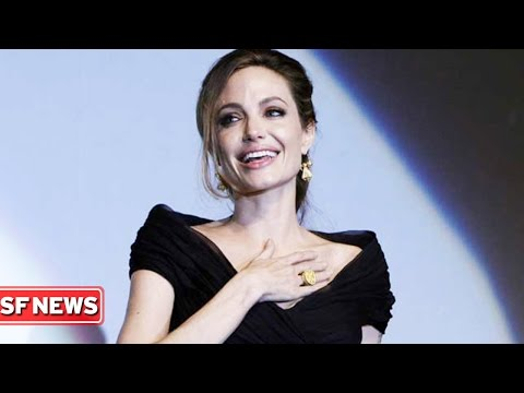 ANGELINA JOLIE REVEALS SHE HAD OVARIES REMOVED