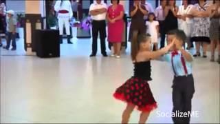 download lagu Best Kids Dance Ever - Two Awesome Dancing Kids gratis