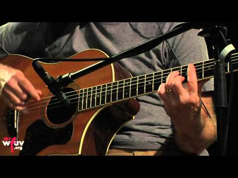 """Marshall Crenshaw - """"There She Goes Again"""" (Live at WFUV/The Alternate Side)"""