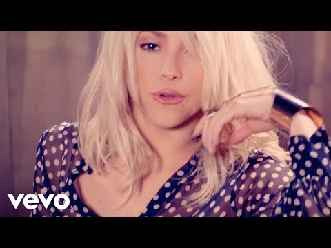 Shakira - Addicted to You klip izle