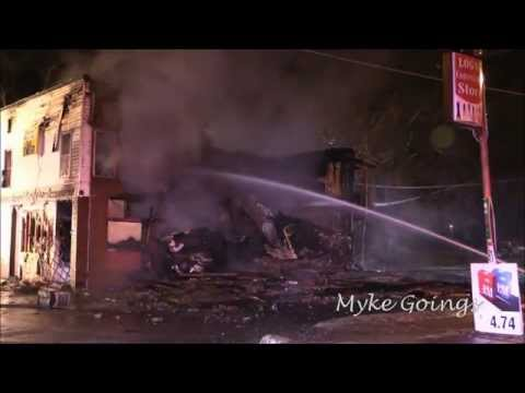 2014-12-01 Building Collapses During Fire - Waterloo, Iowa - Myke Goings - KMDG