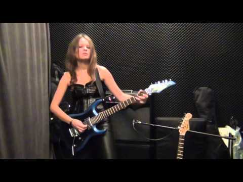Ritchie Blackmore - LAZY Guitar Solo Cover By RockMilady