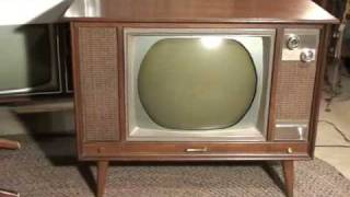 Watch a 1966 Zenith roundie Color TV!
