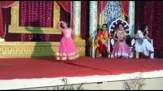 LITTLE GIRL DANCING ON STAGE