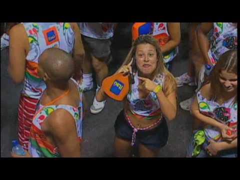 Carnaval 2010: Camera flagra escapadinha de namorada